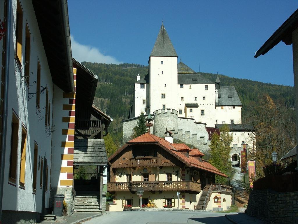 Hrady v okolí Bad Gastein