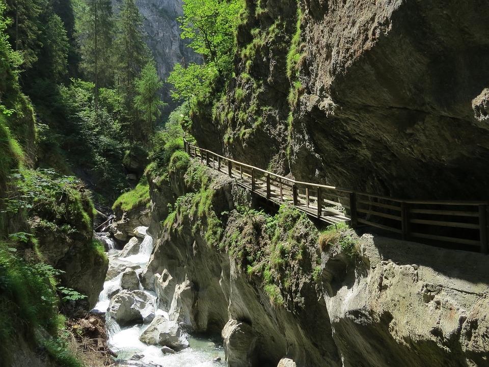 Soutěska Kitzlochklamm - procházka či adrenalin?